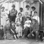 Pitts family circa 1910, George and Kezia at center